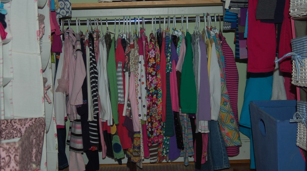Tips for organizing your child's closet