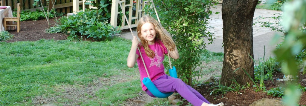 Simple tree swing using a rope and an old pool noodle