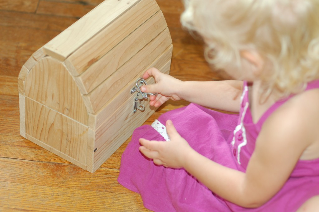 Montessori lessons at home :: part one
